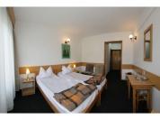 Camera Hotel Cerbul 1